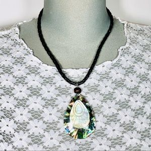 Beautiful vintage mother of pearl w/abalone